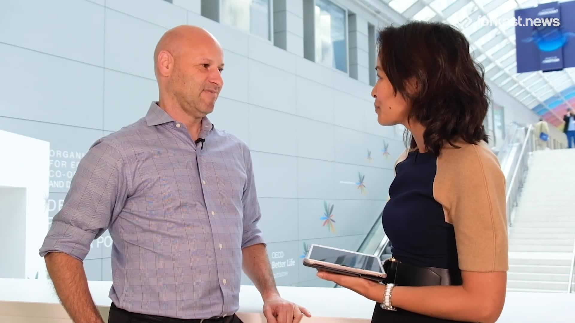 Joseph_Lubin_Founder_of_ConsenSys__Blockchain_is_a_Paradigm_Shift_for_the_Planet_Full_Interview.mp4